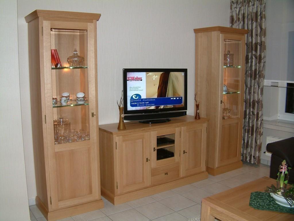 tv m bel eiche massiv es geht um idee. Black Bedroom Furniture Sets. Home Design Ideas