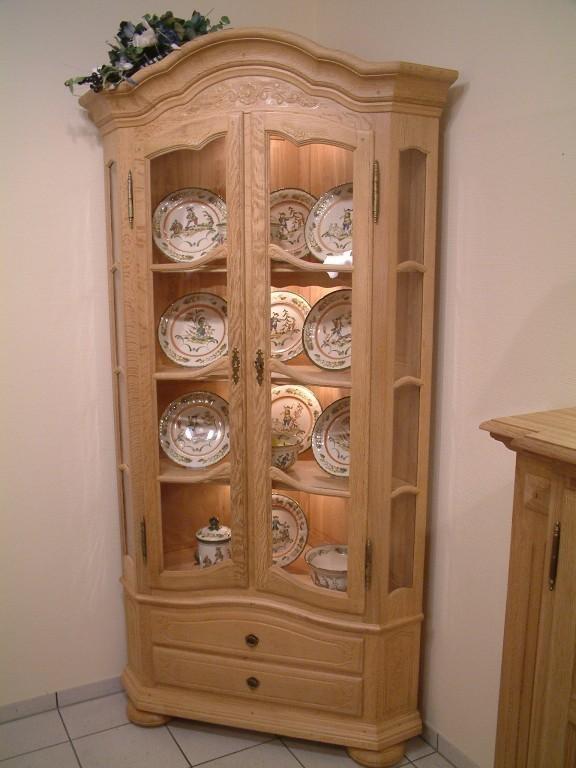 eck vitrine brandenfeld 2 t rig eiche massiv gelaugt. Black Bedroom Furniture Sets. Home Design Ideas