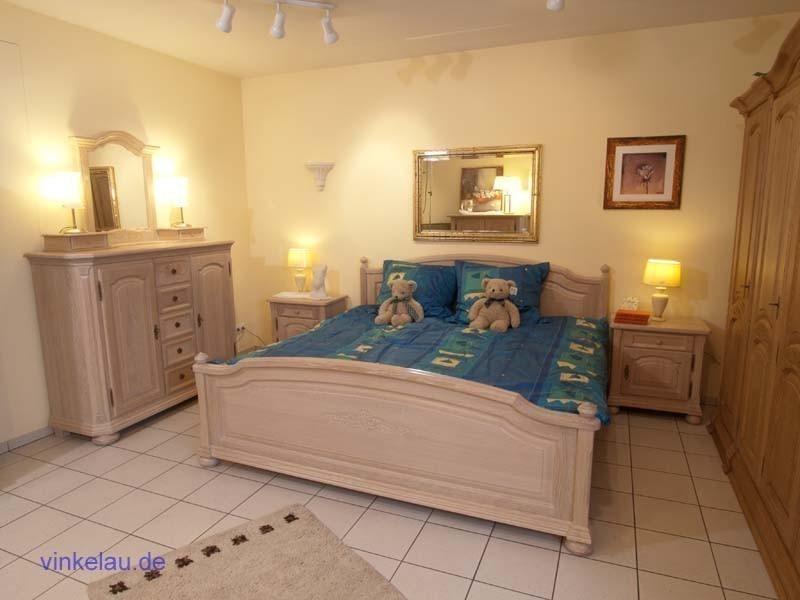 schlafzimmer weissensee eiche massiv klassische m bel und massive eichenm bel schlafzimmer. Black Bedroom Furniture Sets. Home Design Ideas