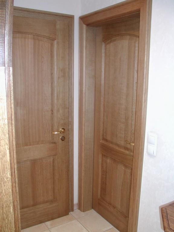 zimmert r mit 2 f llungen obere t rf llung mit flachem. Black Bedroom Furniture Sets. Home Design Ideas