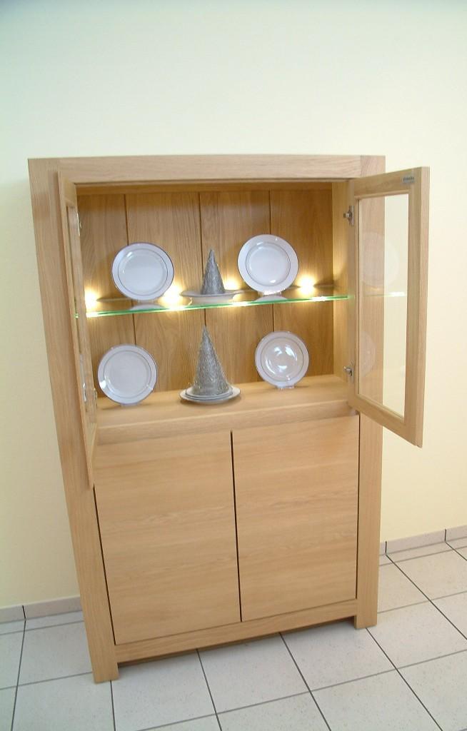 vitrine glasschrank modern eiche massiv hell ge lt oder lackiert 2 t rig breite 100 cm. Black Bedroom Furniture Sets. Home Design Ideas