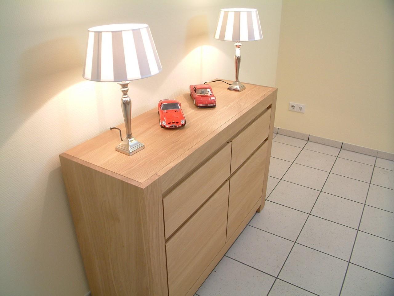 anrichte schermbeck eiche massiv hell ge lt oder lackiert mit 2 t ren und 2 schubladen modern. Black Bedroom Furniture Sets. Home Design Ideas