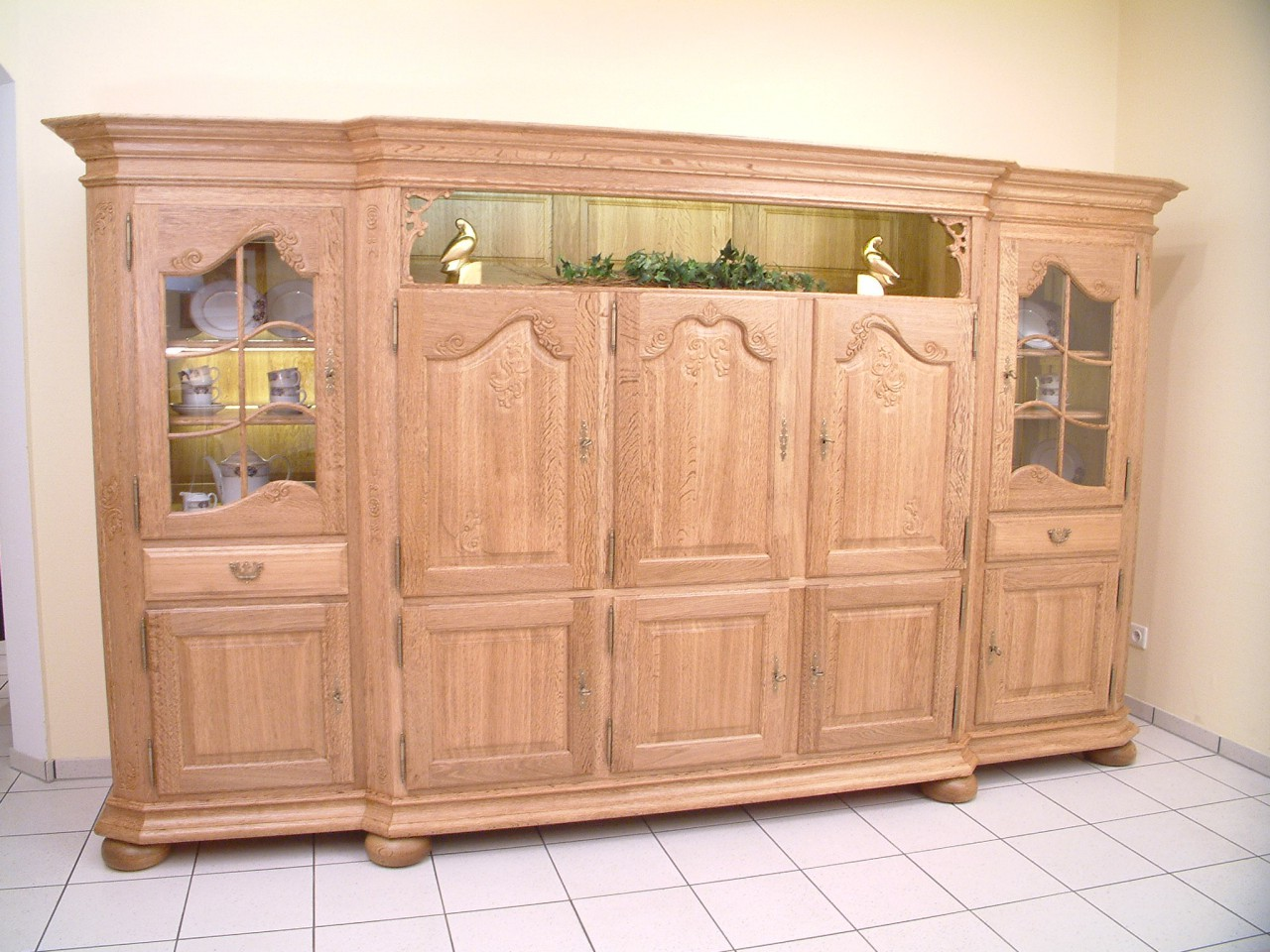 wohnzimmer tapeten design. Black Bedroom Furniture Sets. Home Design Ideas