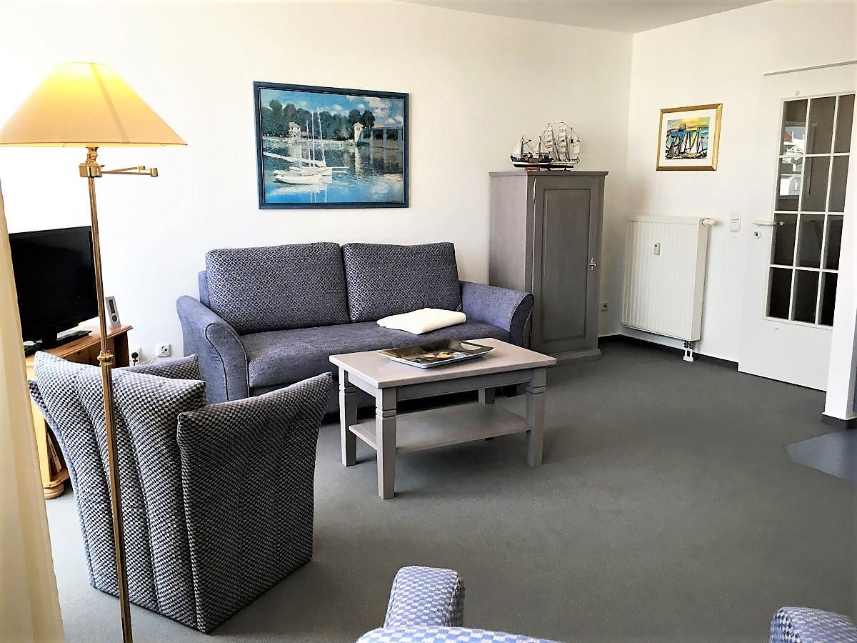 aktuelle informationen zur gebr vinkelau gmbh massivholzm bel und eichenm bel. Black Bedroom Furniture Sets. Home Design Ideas